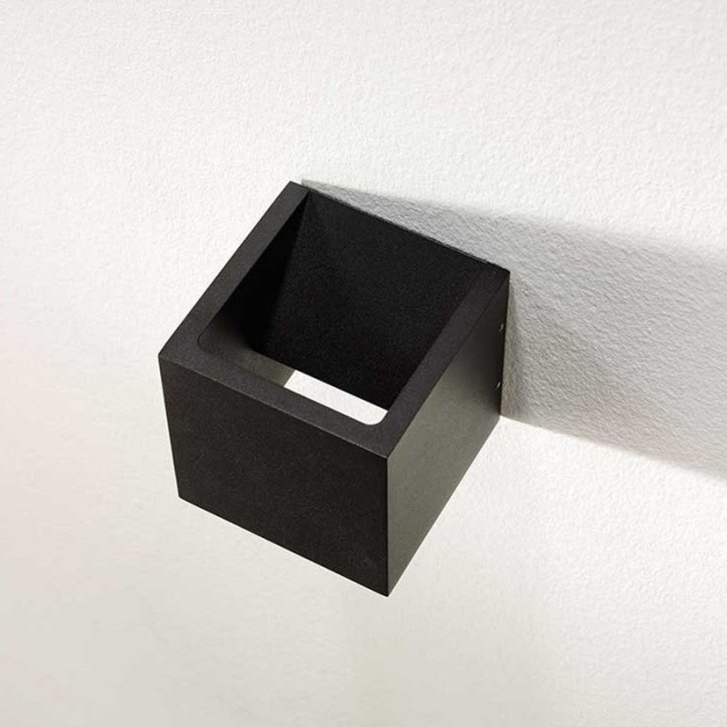 LED wandlamp 8957 cube zwart - Artdelight - 3